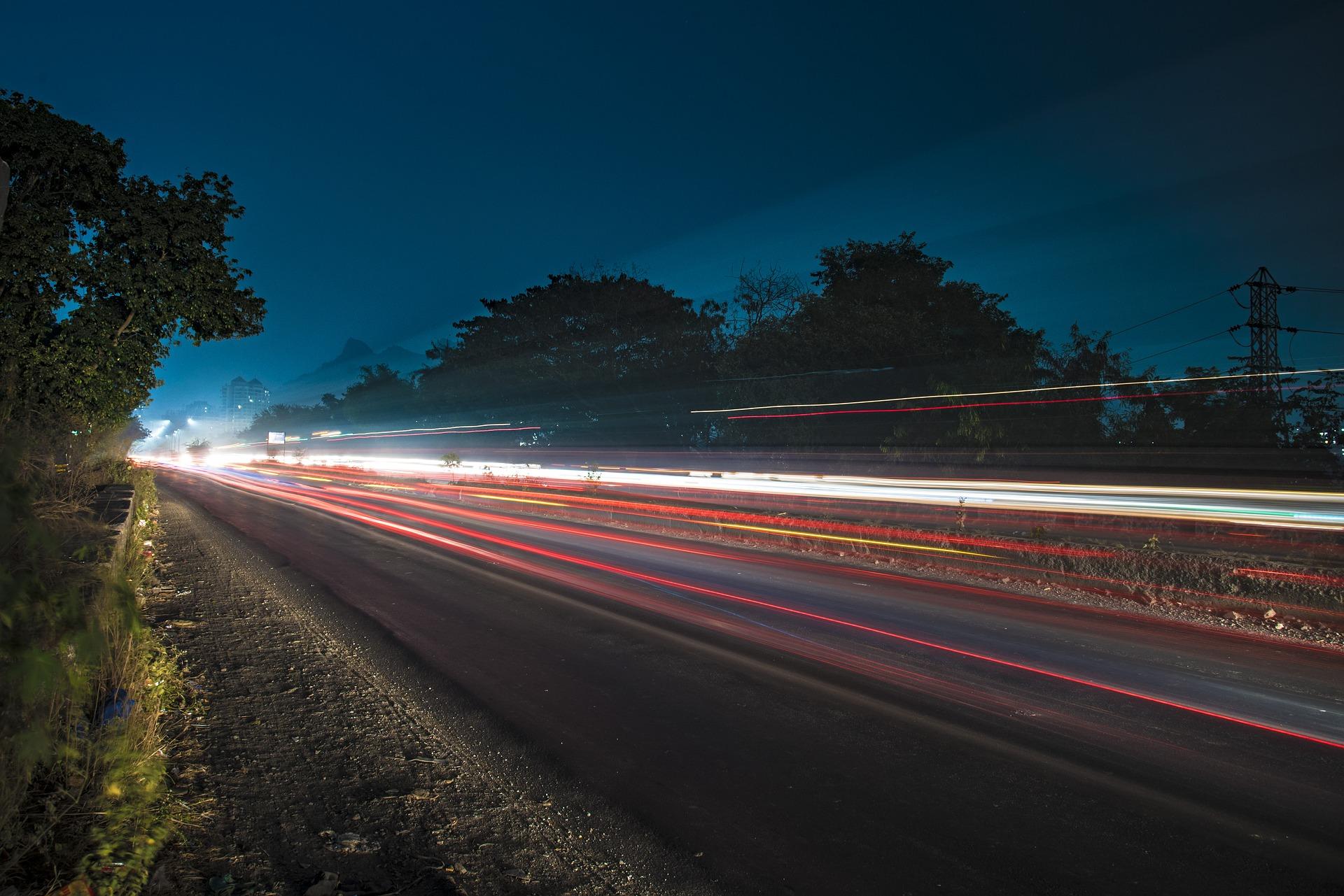 Eine korrekte Beleuchtung ist nachts und bei schlechter Witterung unerlässlich